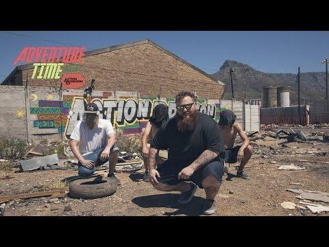 Action Bronson tag son propre mur en Afrique du Sud (video)