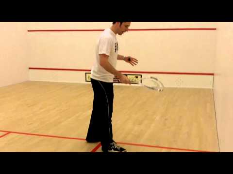 Squash Tips – How To Serve During a Squash Game
