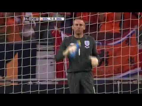 Increíble Gol de Kuyt a Inglaterra