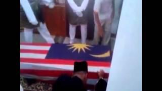Untukmu Ibu - Exist ( Khas untuk Adik Muhriz Marzaidi, Anak kepada salah seorang pramugari MH17 )