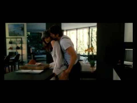 AMERICAN PLAYBOY - Trailer en Castellano HQ