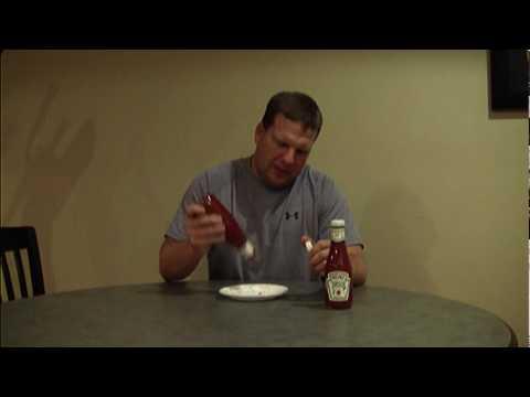 網友發現番茄醬玻璃瓶上的「57」原來有隱藏用途,看完後才發現多年來倒番茄醬的方式都錯了!