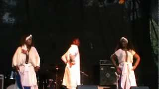 Africult: Minjar Dance.MPG