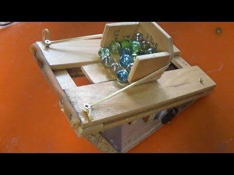 Videos caseros - Inventos locos para lanzar canicas