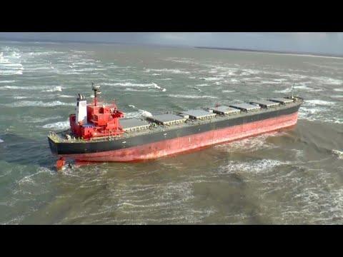 Havarierter Frachter vor Langeoog hält Bergungskrä ...