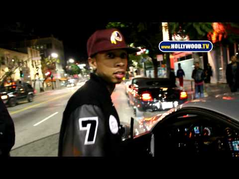 hollywoodtv - Departing My Studio with his wannabe gangsta entourage, convicted felon Chris Brown demonstrates for us once again he requires additional anger management cl...