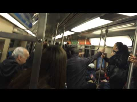 VIDEO: Rat on New York subway flips everybody out!