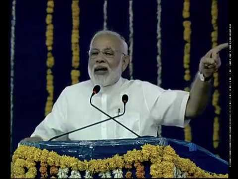 PM Modi's speech dedicates Phase I of SAUNI project to the nation in Gopalanand Nagar