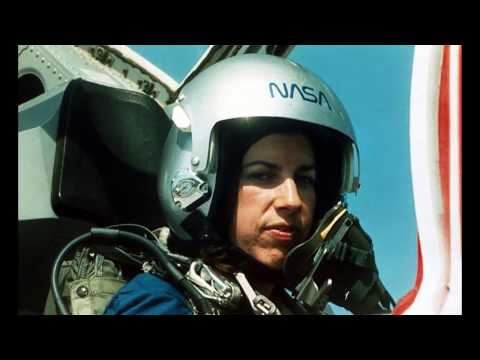 Ellen Ochoa 2017 U.S. Astronaut Hall of Fame Inductee