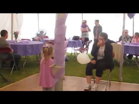 Niña le dedica una tierna canción a su mamá que lucha contra el cáncer
