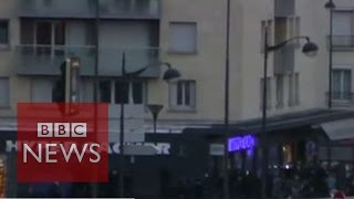 France sieges: Hostages emerge from Paris supermarket- BBC News