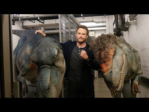 Pranking Chris Pratt with a Dinosaur