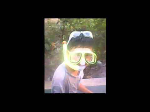 Nóng thì đã có hồ bơi tự chế =)) Video được quay bởi Never Die và Wins Forever với mục đích cho AE Vui.us giải trí =)) Cảnh báo thằng trong video max điên =))