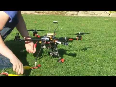 Dron z camerą gopro i aplicacja wifi