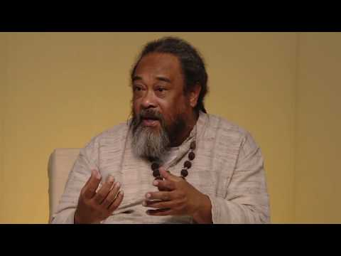 Mooji Video: How to Relate to Those Who Have Not Realized the Self?