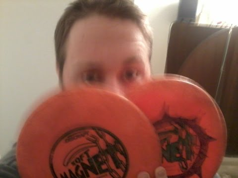 Disc Golf Tips for beginners: How to Grip the disc, popular grips, my grip Disc Golf Nerd