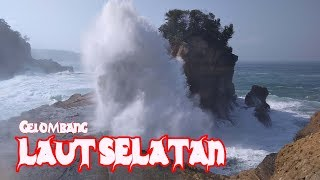 Download Video Detik detik Ombak Menyapu  Pesisir Pantai Selatan Jawa MP3 3GP MP4