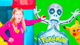 POKEMON Assistant Surprise Search for Pokeballs Spooky Inflate...