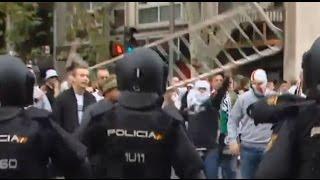 Policja też dostała wpi*rdol! Zadyma fanów Legii przed meczem z Realem na ulicach Madrytu!