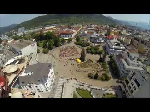 video z vtáčej perspektívy zachytáva srdce nášho mesta