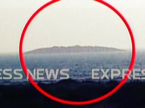 earth quake - Pakistan earthquake creates NEW ISLAND in the sea instantly!!! 200+ dead as a result of the earthquake. audio error at 39seconds into the video.. sorry ! UPD...