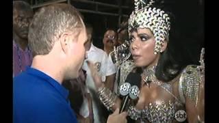 Muitas celebridades no primeiro dia do desfile das escolas de samba do Rio.