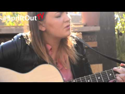 Bronwen Lewis - Fields Of Gold (COVER)