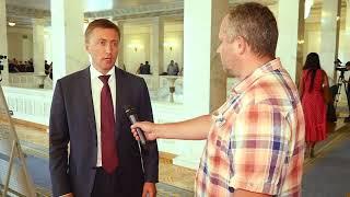 """Ток-шоу """"Момент істини"""". Про головні завдання, які стоять перед українським парламентом"""