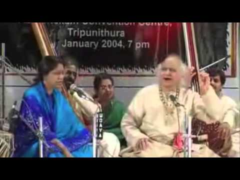 Video Raga Bhairavi: Sumiran Kar Le: Live : Pandit Jasraj and Dr. and Mrs L Subramaniam download in MP3, 3GP, MP4, WEBM, AVI, FLV January 2017