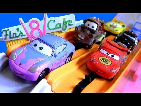 Tomica Cars Flo's V8 Cafe Track Radiator Springs TakaraTomy Racetrack Disney Pixar Cars2