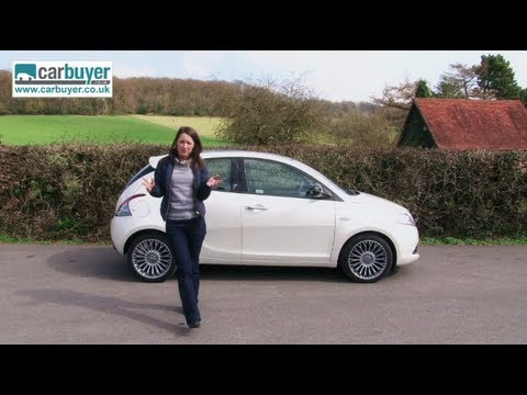 Chrysler Ypsilon hatchback review – CarBuyer