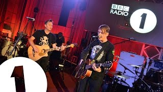Blink-182 - What's My Age Again? (Radio 1's Rock All Dayer)