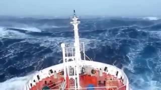 Video Video Amatir Detik-detik Kapal disekitar Segitiga Bermuda MP3, 3GP, MP4, WEBM, AVI, FLV Maret 2019