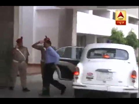 Video Action taken against vehicles having red beacons in Lucknow download in MP3, 3GP, MP4, WEBM, AVI, FLV January 2017