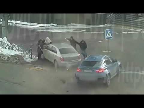 Столкновение BMW X6 и Chevrolet в Саранске