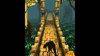 Temple Run: playing as the Monkey Demon