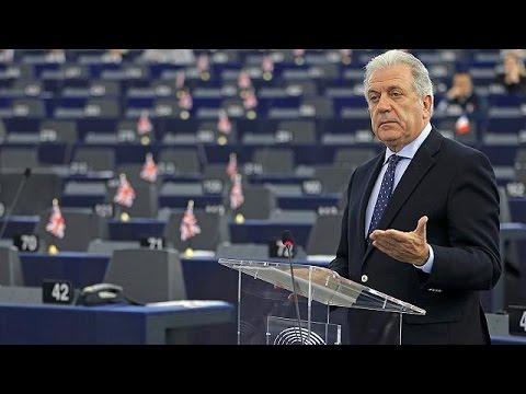 Θετικός σε συμμετοχή του ΝΑΤΟ στο προσφυγικό ο Δημήτρης Αβραμόπουλος