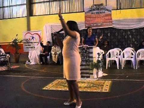 Cantora Vivyane Mendes e Banda em Rio Brilhante-MS
