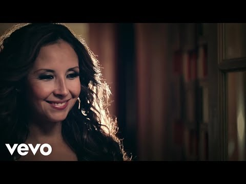 América Sierra - Porque El Amor Manda ft. 3BallMTY  - Thumbnail