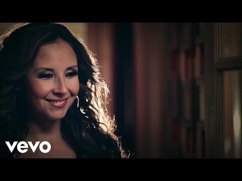 América Sierra - Porque El Amor Manda ft. 3BallMTY