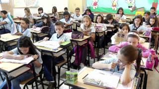 VÍDEO: Escola de BH com melhor nota no Ideb estimula leitura e atividades lúdicas