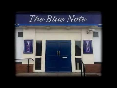 VIDEO: Urban explorers take a look around the empty Blue Note pub in Carlton
