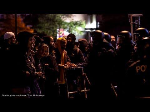 Rigaer Straße: Zusammenstöße zwischen Pegida-Anhängern und Gegendemonstranten