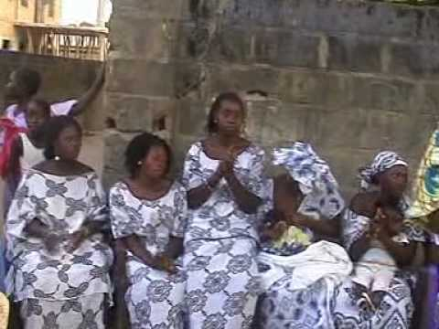 Mandinka drumming and singing - GAMBIA