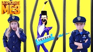 Video Universal Despicable Me 3 Gru vs Bratt with Kid Cops and Assistant Silly Funny YouTube Kids Video MP3, 3GP, MP4, WEBM, AVI, FLV Januari 2018