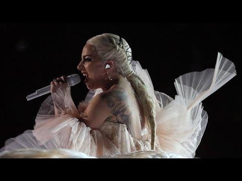 Ακυρώνονται για λόγους υγείας 10 συναυλίες της Lady Gaga στην Ευρώπη