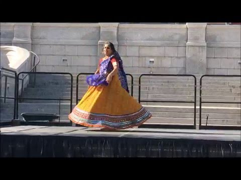 Video Bollywood Folk - Rangilo Maro Dholna by Isha download in MP3, 3GP, MP4, WEBM, AVI, FLV January 2017