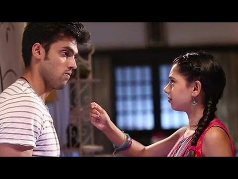 Kaisi Yeh Yaariyan | Manik Kisses Nandani Before His Last Performance