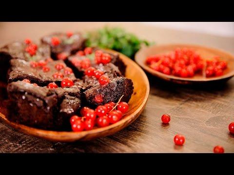 Шоколадный брауни с мятой и красной смородиной [Мужская Кулинария]