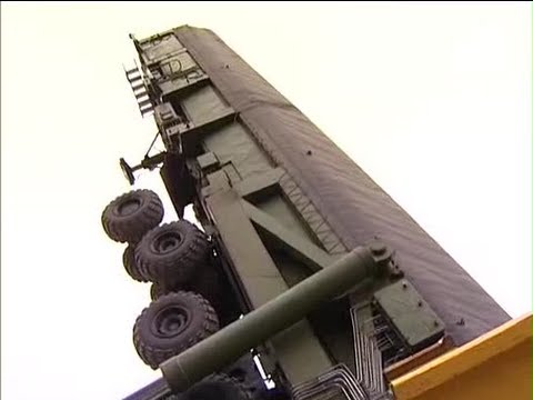 Topol M missile - Please visit my channel @ http://www.youtube.com/user/vexed123 The mighty Topol-M being deployed in a nuclear missile silo by the Strategic Missile Troops of...